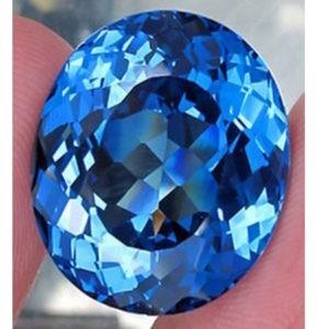 13.7ct Blue topaz