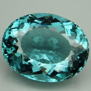 25.6ct oval aquamarine (HT)